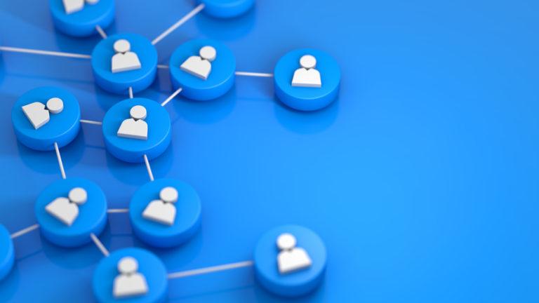 Entenda como alterações de configuração em roteadores provocaram pane nas redes sociais